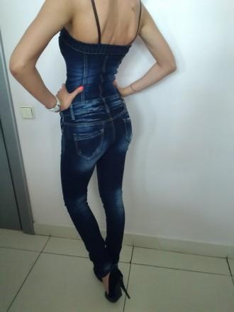 Комбинезон джинсовый SIMPLYCHIC на стройную девушку с красивыми ногами и аккурат. Чернигов, Черниговская область. фото 2