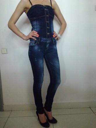 Комбинезон джинсовый SIMPLYCHIC на стройную девушку с красивыми ногами и аккурат. Чернигов, Черниговская область. фото 3