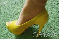 Гламурные женские туфли желтого цвета, производство Report Signature из США  - . Чернигов, Черниговская область. фото 4