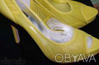 Гламурные женские туфли желтого цвета, производство Report Signature из США  - . Чернигов, Черниговская область. фото 7