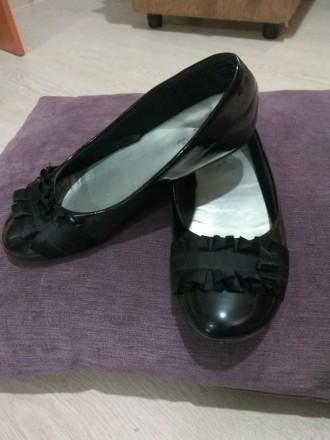 черные лаковые туфельки. Днепр. фото 1