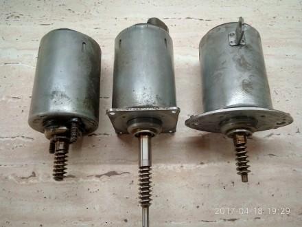 Мотор привода клапанов для БМВ с системой  вальвтроник. Киев. фото 1
