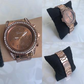 50a2ca4b3d02 ᐈ Женские красивые золотые, розовые, серебристые часы Geneva женева ...