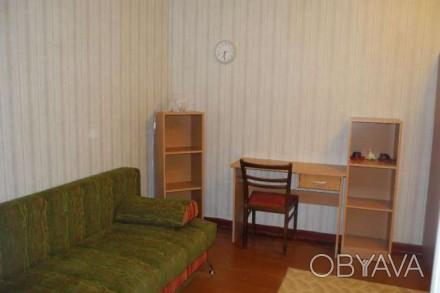 комната в Троицкий рынок ул.Чкалова.Проживает бабуля хозяйка. для 1 парня или 2. Парк Чкалова, Днепр, Днепропетровская область. фото 1