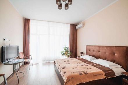 Апартаменты в Аркадии! 2 спальни и гостиная!Терраса с мебелью для отдыха. Одесса. фото 1