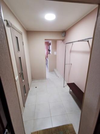 В связи с переездом продаю свою квартиру цокольный этаж. Ирпень возле Версаль. К. Ирпень, Ирпень, Киевская область. фото 6