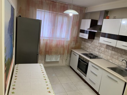 В связи с переездом продаю свою квартиру цокольный этаж. Ирпень возле Версаль. К. Ирпень, Ирпень, Киевская область. фото 2