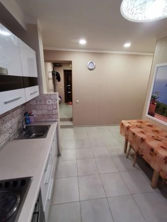 В связи с переездом продаю свою квартиру цокольный этаж. Ирпень возле Версаль. К. Ирпень, Ирпень, Киевская область. фото 5