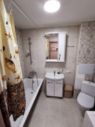 В связи с переездом продаю свою квартиру цокольный этаж. Ирпень возле Версаль. К. Ирпень, Ирпень, Киевская область. фото 3