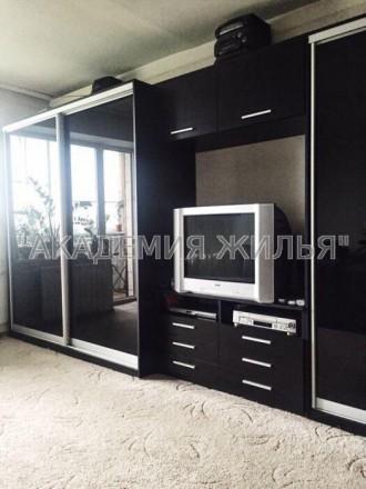 В квартире есть все необходимое, не студия, 42 квадрата. Так же есть небольшая . Киев, Киевская область. фото 6