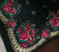 Три новых платка. Белый Х/Б, два чёрных платка - шерсть. Белый платок - 90*90 см. Александрия, Кировоградская область. фото 11