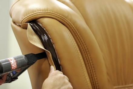 Перетяжка и замена обивки Вашего дивана - лучшее решение! Это позволит Вам сэкон. Сумы, Сумская область. фото 3