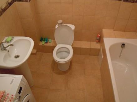 Сдам 2 комнатную квартиру посуточно в новом доме ЖМ Радужный.  Благоустроенная . Одесса, Одесская область. фото 8