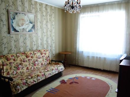Сдам 2 комнатную квартиру посуточно в новом доме ЖМ Радужный.  Благоустроенная . Одесса, Одесская область. фото 3