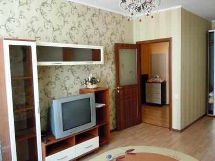 Сдам 2 комнатную квартиру посуточно в новом доме ЖМ Радужный.  Благоустроенная . Одесса, Одесская область. фото 4