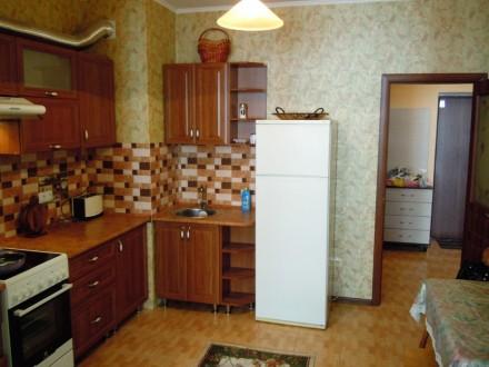 Сдам 2 комнатную квартиру посуточно в новом доме ЖМ Радужный.  Благоустроенная . Одесса, Одесская область. фото 6