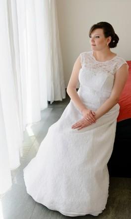 Свадебное платье 52-54 размер.. Марганец. фото 1
