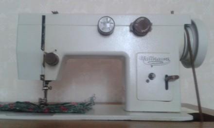 швейная машина Чайка 143. Днепр. фото 1