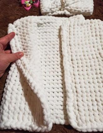 Вязаный жилет и повязочка на девочку 2-3 года. Выполнен из плюшевой гипоаллерген. Нежин, Черниговская область. фото 3