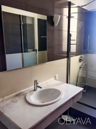 Код: 171. Четырехкомнатная квартира в центре Одессы.