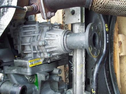 Коробка роздаточная 47300-3B610 на Hyundai Santa FE 09- (Хюндай Санта фе), перед. Ровно. фото 1