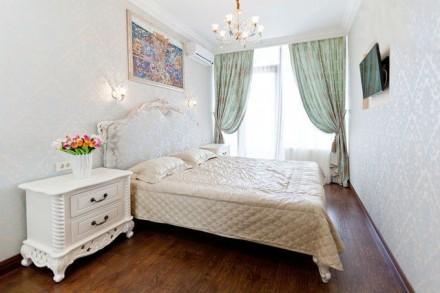 Апартаменты в центре города, элитный новый дом, терраса с видом на море и город!. Одесса. фото 1