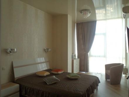 17 Жемчужина: сдам квартиру с видом на город и море в новом доме в центре Одессы. Одесса. фото 1