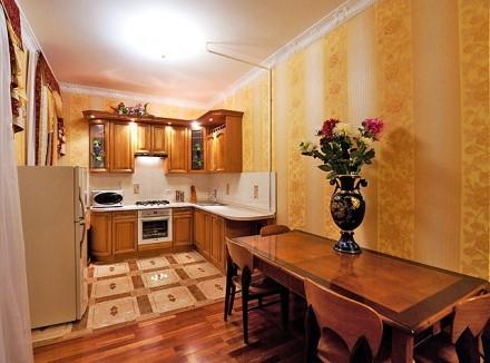 Очаровательная двухкомнатная квартира расположена на 3 этаже 4-этажного здания. . Приморский, Одесса, Одесская область. фото 4