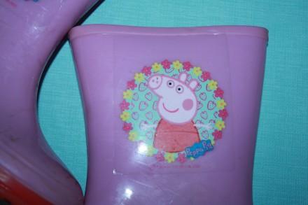 Резиновые сапожки розового цвета Свинка Пепа р-27(евр 9) в хорошем состоянии. Одесса. фото 1