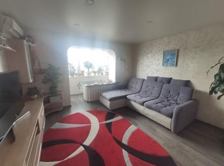 Продам видовую 3-комнатную чешку с ремонтом в кирпичном доме на ж/м Красный Каме. Днепр, Днепропетровская область. фото 2