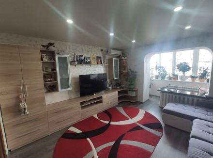 Продам видовую 3-комнатную чешку с ремонтом в кирпичном доме на ж/м Красный Каме. Днепр, Днепропетровская область. фото 3