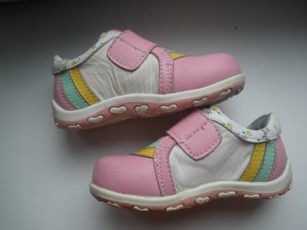 Продам красивые кожаные ботиночки на девочку фирмы Happy Cowboy в очень хорошем . Чернигов, Черниговская область. фото 4