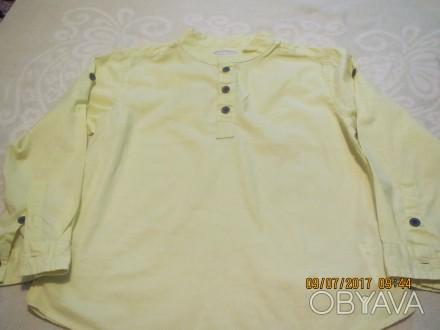 Рубашка салатовая на 8 лет, рост 128см, длина 45 см, ширина 35см, длина рукава 4. Киев, Киевская область. фото 1
