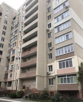 Квартира в кирпичном доме с закрытой территорией.  В квартире выполнен дизайнер. Приморский, Одесса, Одесская область. фото 2