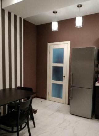 Квартира в кирпичном доме с закрытой территорией.  В квартире выполнен дизайнер. Приморский, Одесса, Одесская область. фото 4