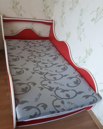 Продам детскую кровать размер 1600×900  мм с матрасом.. Одесса, Одесская область. фото 3