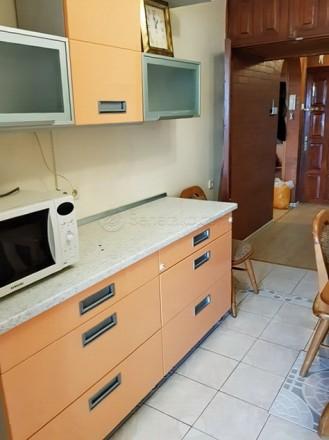 Код: 1180. Просторная четырехкомнатная квартира в районе ипподрома, ул. Фонтанск. Аркадия, Одесса, Одесская область. фото 3