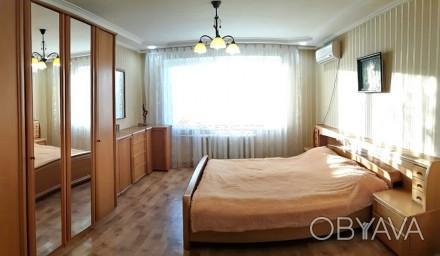 Код: 1180. Просторная четырехкомнатная квартира в районе ипподрома, ул. Фонтанск. Аркадия, Одесса, Одесская область. фото 1