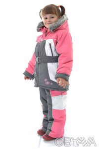 Комплект для девочек состоит из куртки с капюшоном и брюк с лямками.  Теплая ку. Днепр, Днепропетровская область. фото 2
