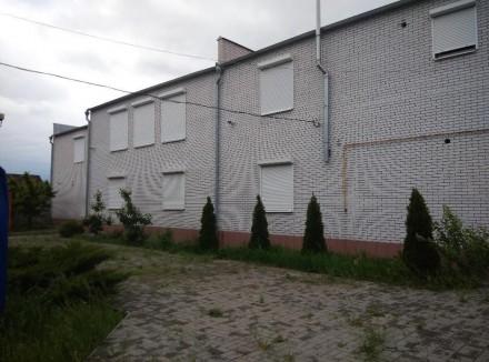 Продам новый двухэтажный жилой дом на 2 семьи. Мелитополь. фото 1