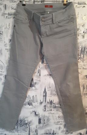 Брюки - джинсы s.oliver uk 14, модель shape slim. Пирятин. фото 1