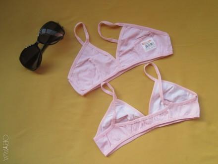 Нежно-розовые  в  белых  узорах  топы, топики, лифчики, бюстгальтеры   на  10-15. Пирятин, Полтавская область. фото 1