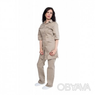 Костюм модельный,женский для сферы обслуживания
