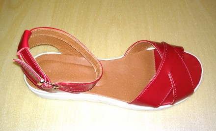 66d16786138086 Червоне взуття - купити жіноче та чоловіче взуття на дошці оголошень ...