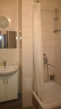 сдам отдельные комнаты в большой квартире в новом престижном доме с охраной и па. Одесса, Одесская область. фото 7