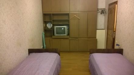 сдам отдельные комнаты в большой квартире в новом престижном доме с охраной и па. Одесса, Одесская область. фото 5