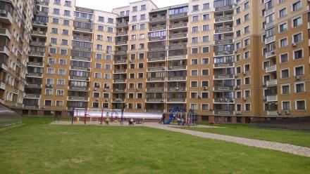 сдам отдельные комнаты в большой квартире в новом престижном доме с охраной и па. Одесса, Одесская область. фото 2