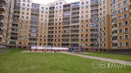 сдам отдельные комнаты в большой квартире в новом престижном доме с охраной и па. Одесса, Одесская область. фото 1