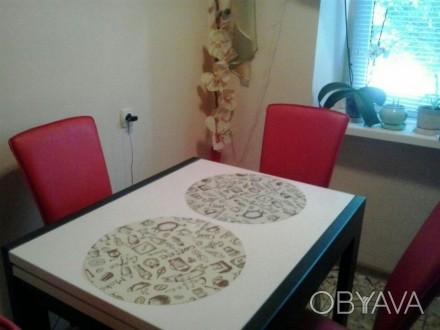 Сдается почасово& посуточно ,в квартире есть все необходимое для комфортного отд. Херсон, Херсонская область. фото 1