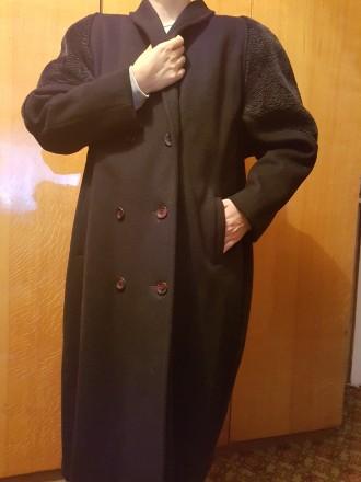продается пальто в отличном состоянии всего 400 грн!!!. Житомир. фото 1